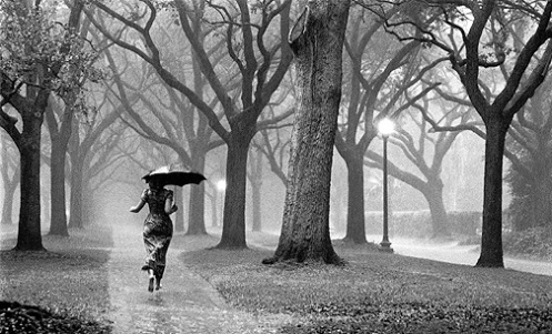 girl_in_rain__72dpi_www.miraclemountainimagescom.jpg